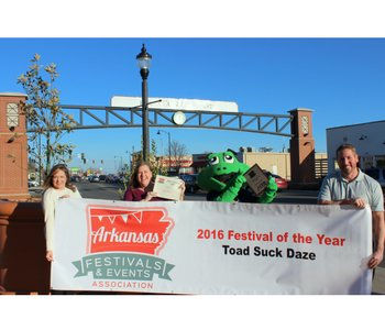 Toad Suck Daze takes top award at statewide conference