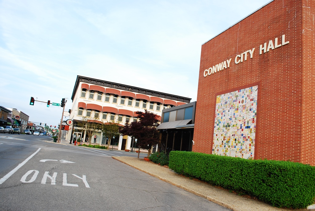 Downtown Conway City hall